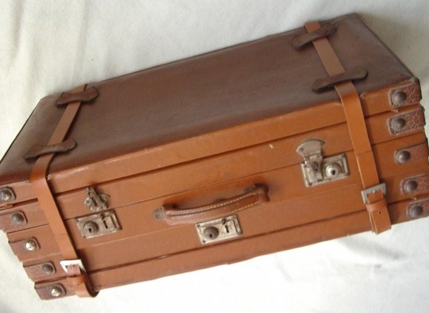 Come recuperare una vecchia valigia con il découpage