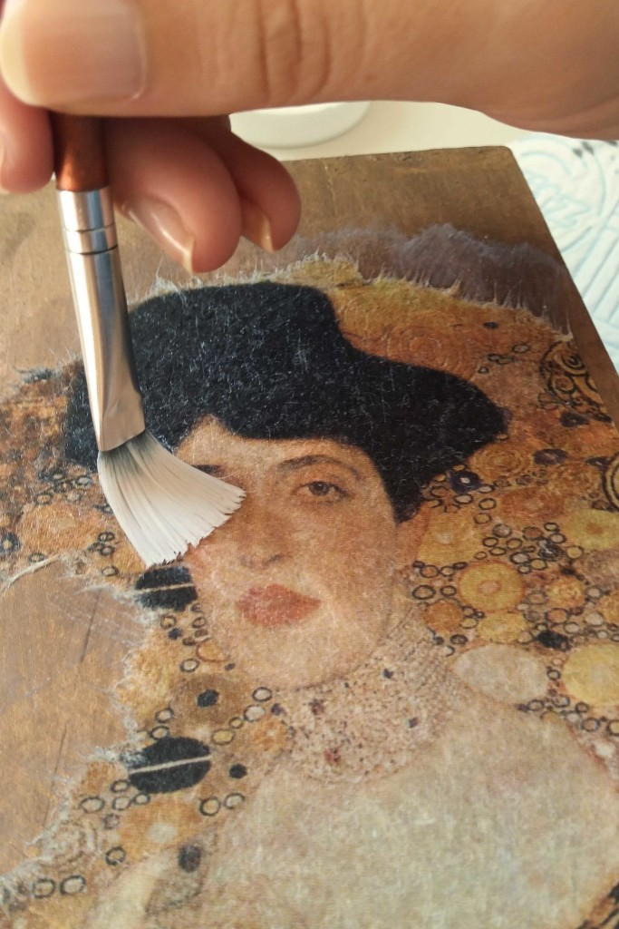 come decorare una scatola con découpage klimt