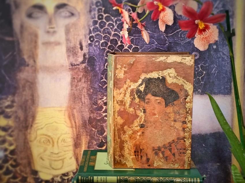 Come decorare una scatola con découpage in stile Klimt