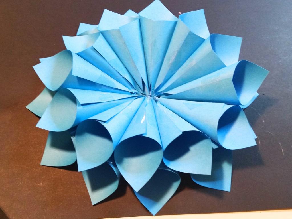 come fare un fiore di carta fai da te