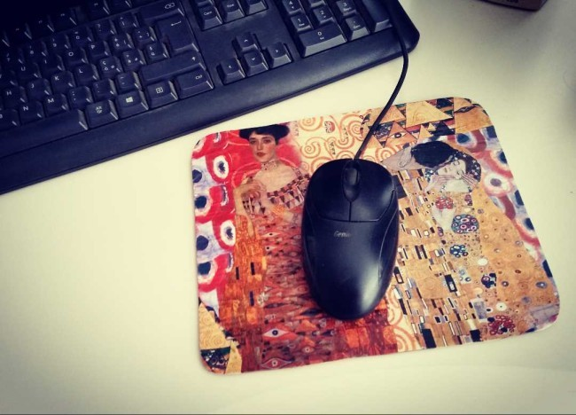 come decorare un tappetino per il mouse